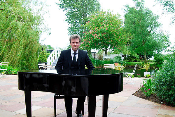 Phillip Keith Professional Wedding Pianist